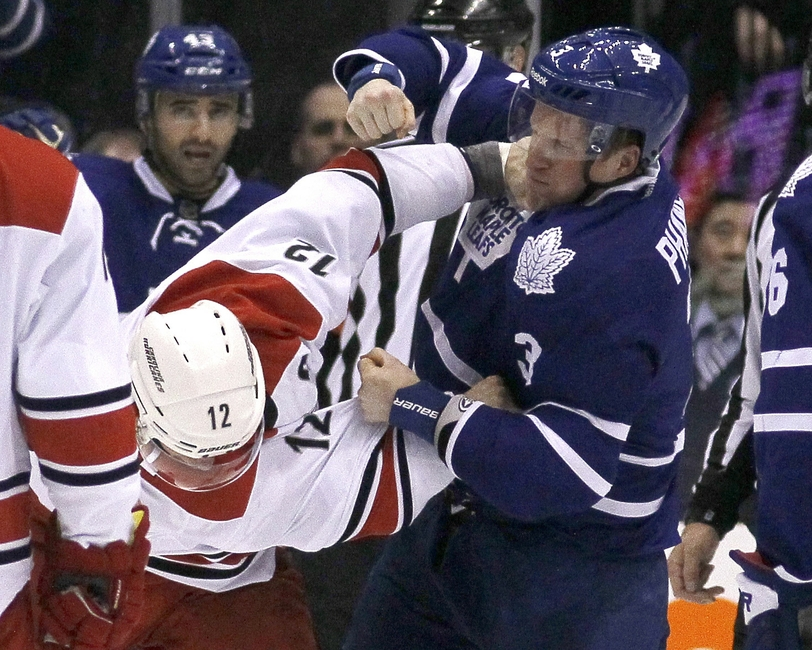 b9bd5c65fff Toronto Maple Leafs Game Preview  Dion Phaneuf Expected to Return Against  Philadelphia Flyers